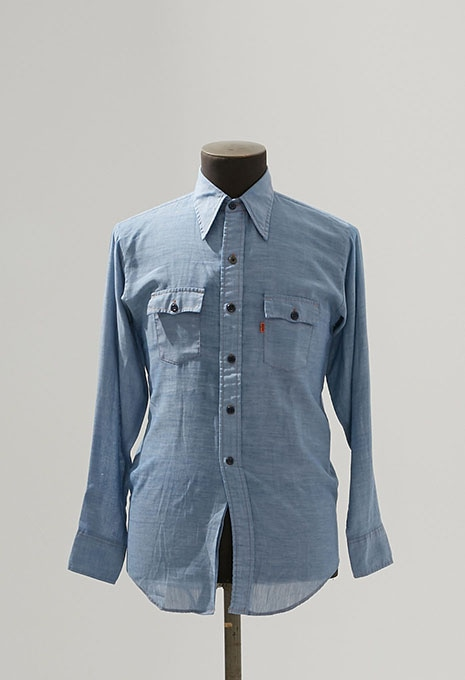 USED LEVIS BOYS CHAMBRAY SHIRTS